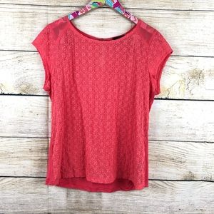 The Limited  light red eyelet top size L // C07